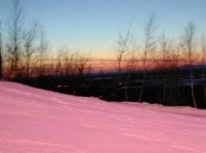 выпал розовый снег