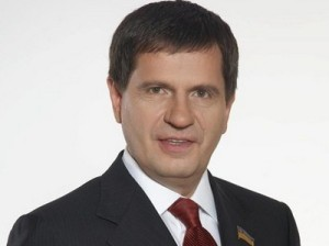 Сам Костусев