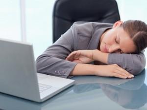 Недосып ускоряет рост опухолей - ученые