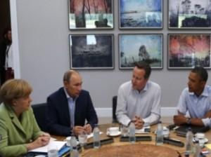 Меркель, Кэмерон, Обама и Путин провели телефонные разговоры