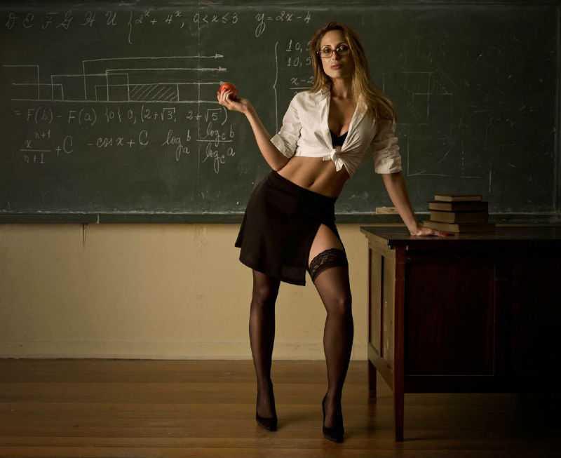 Учиник и учительница эротика 20 фотография