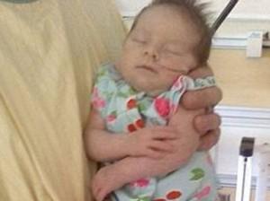 В беременную женщину ударила молния, она родила живого малыша
