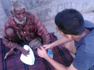 В Индии набирает популярность массовая благотворительная акция