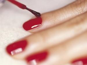 Новый лак для ногтей способен предотвратить изнасилование