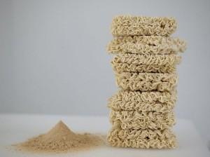 Поедание лапши быстрого приготовления грозит диабетом и инсультом