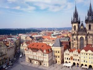 На улицах Праги установили шахматные столы