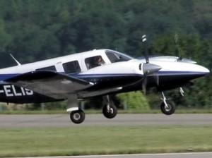 В результате крушения самолета в Колумбии погибли 10 человек