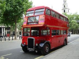 Британец угнал двухэтажный автобус