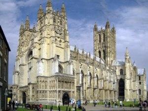 Церковь Англии готова избрать первую женщину-епископа