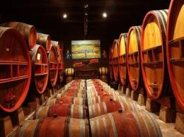 Франция вернула себе статус крупнейшего производителя вина в мире