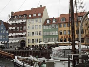 в Дании