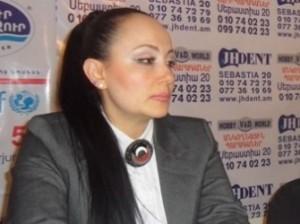 Асмик Абовян