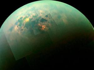 на Титане
