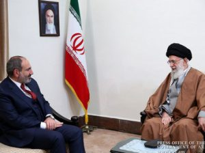 Пашинян и Хаменеи