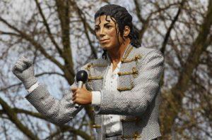 Статуя Майкла Джексона