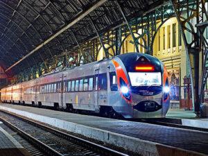 Hyundai готова поставить «Укрзализныце» еще 10 поездов и локализовать производство в Украине