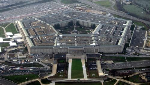 Экс-глава Пентагона призвал Обаму и членов Конгресса проявлять «особую осторожность»