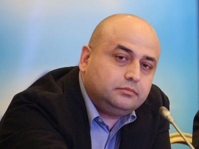 Марат Акопян