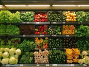 Фахівці розповіли про взаємозв'язок між кольором фруктів та овочів і їх користю