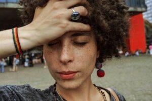 Просто глянувши на стан волосся можливо дізнатися про ці серйозні проблеми зі здоров'ям