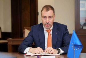 «Раны еще не зажили»: спецпредставитель ЕС о войне в Карабахе