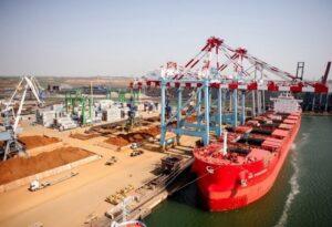 Морские порты Украины обработали почти 7 тысяч судов за восемь месяцев 2021 года